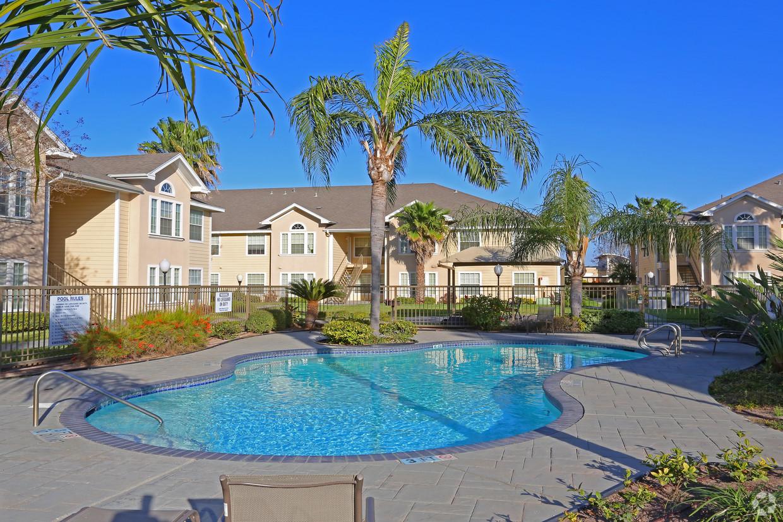 northwood-apartments-mcallen-tx-pool
